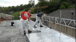 Roofing contractor wiltshire